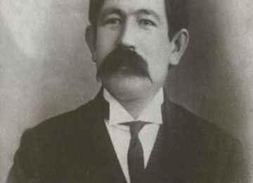 Muhammed Ayaz İshakî(1878-1954)  Kazan Tatar Gazeteci Yazar